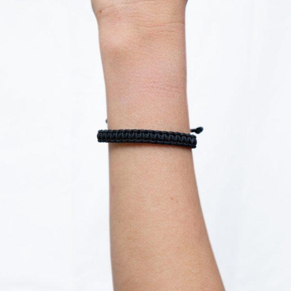 Bracelet Macramé Noir - La Médaille de Saint Tropez